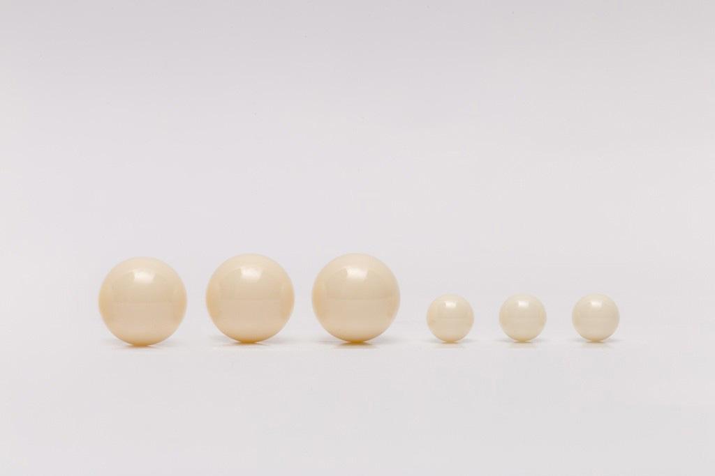 Esfera de cerâmica